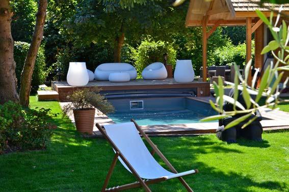 abris piscine installation dans le doubs 25 castor bleu. Black Bedroom Furniture Sets. Home Design Ideas