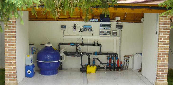 Installation de syst me de filtration piscine castor bleu for Systeme piscine