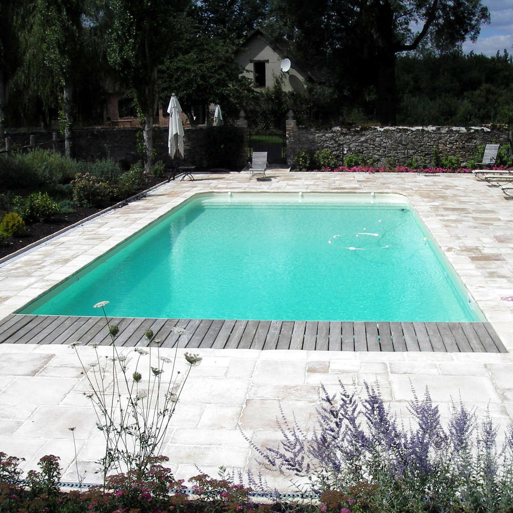 Constructeur de piscine dans le doubs for Renovation liner piscine